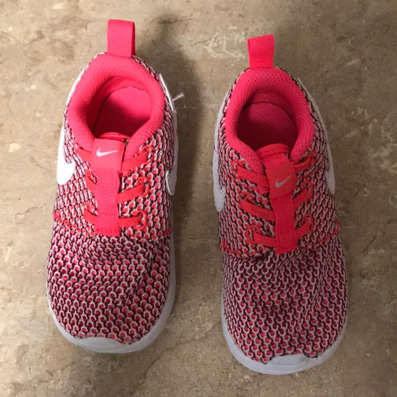 Toddler girl's Nike Roshe One shoes-7C